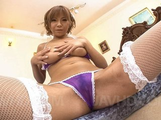 Sumire Matsu teases clit with tooth brush and..