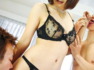 Azumi Harusaki Asian in black lingerie gets..